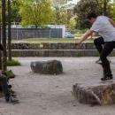 salzig-sporthocker-Nico-sliding-hockhart