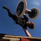 Marc P. / Handstand Wirbelcombo / Pangea Festival / SALZIG Sporthocker / Photo: Stephan Landschütz