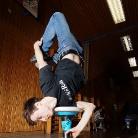 SL / Trick: Schulterstand Footgrab / Sporthocker Training 2014 / Foto: Michael Landschütz
