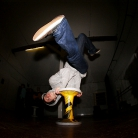 SL300 / Trick: Armstand Freeze / Foto: Fabian Schreiter