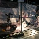 Shadows / YOU / Berlin / SALZIG Sporthocker / Foto: Stephan Landschütz