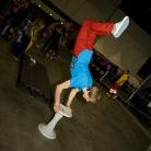 Hockeraxel / Handstand am SALZIGstand / Foto: Susanne Wilke